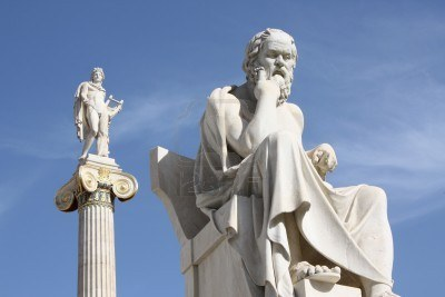 6120561-neoclassical-statues-of-socrates-greek-ancient-philosopher-and-apollo-god-of-the-sun-medicine-and-th-8665469
